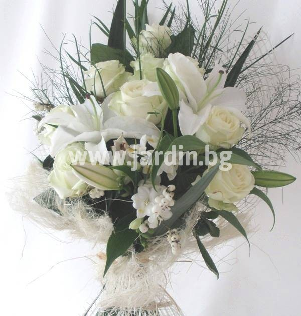 43_delivery_flowers-to-bulgaria-roses