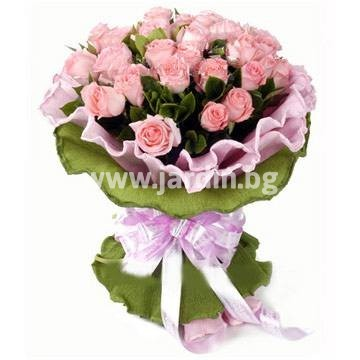 8_delivery-to-bulgaria-roses- arrangement-delivery-flowers