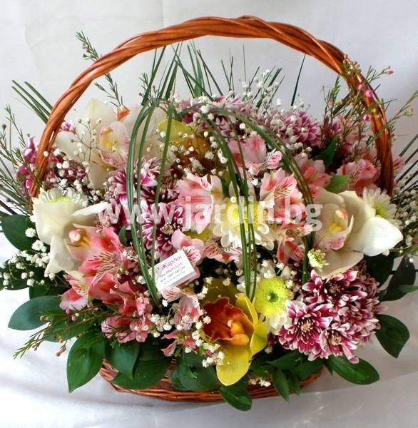 53-delivery-to-bulgaria-basket-delivery-flowers