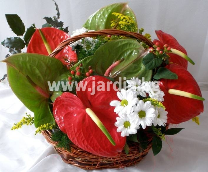 -delivery-to-bulgaria-basket-flowers