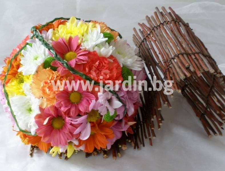 6-delivery-to-bulgaria-arrangement-delivery-flowers_1 (22)
