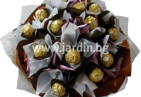 Букет от бонбони Аромат на любов