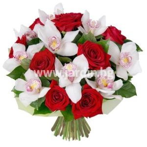 Рози и орхидеи