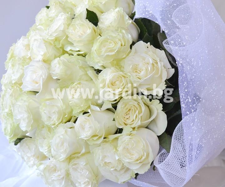 _бели_рози
