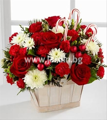 Christmas basket with roses