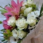 Bouquet Lillium and white roses