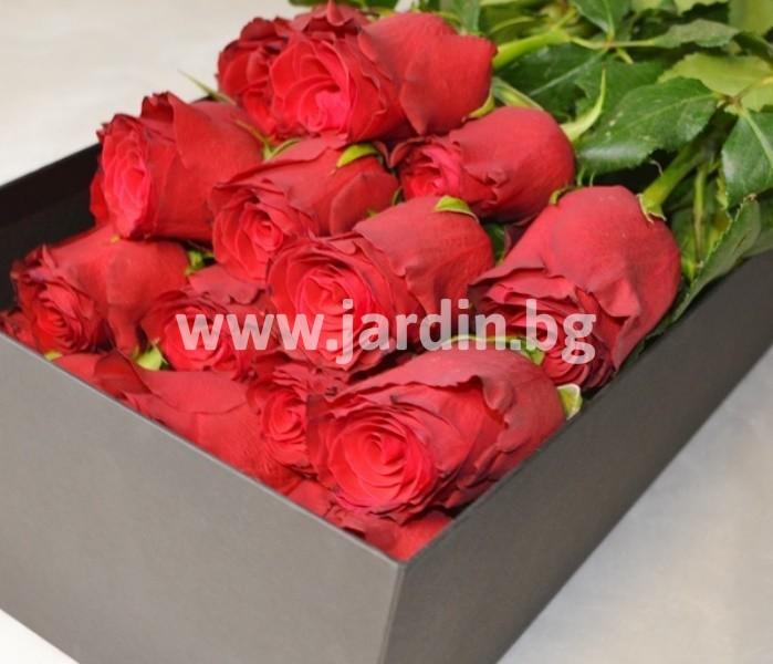 roses_in_box (6)