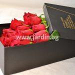 Червени рози в кутия №4