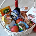"""basket """"wine, cheese and nuts"""""""