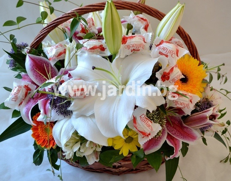 basket_flowers_candy (1)
