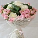 """букет """"Романтично с рози"""""""