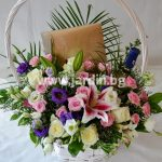 """basket """"Luxury"""" with """"Lind"""" and white wine"""