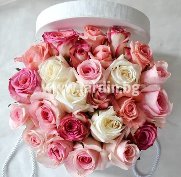 roses_in_box (16)