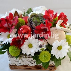 Christmas arrangement 8