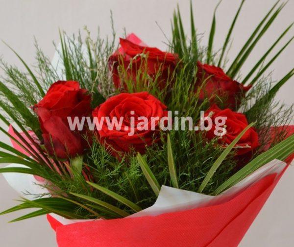 Букет червени рози №8