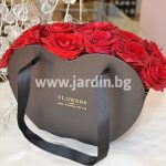 Розы в коробке №14