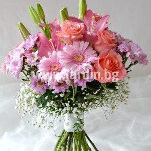 (Български) Букет Лилиум, рози, хризантеми
