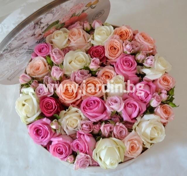 roses_in_box (4)