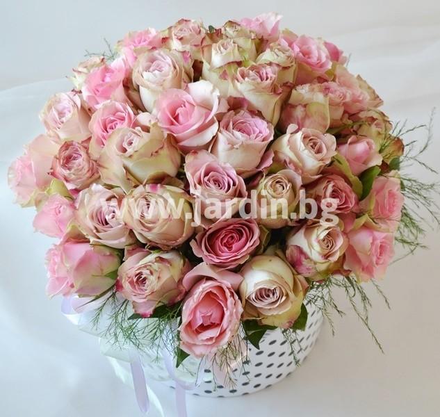 roses_in_box (5)