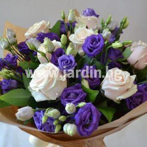 Букет еустома и рози