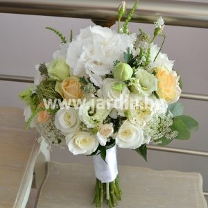 Bridal bouquet Eustoma, roses, hydrangea