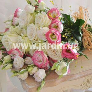 Букет еустома и рози №2