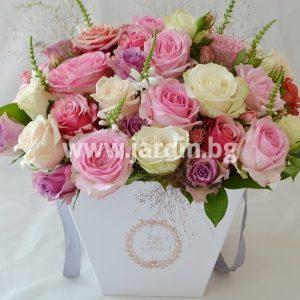 Roses in box №19