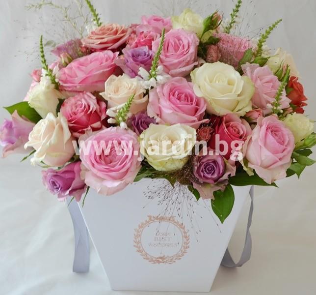 roses_in_box (1)