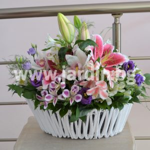Arrangement with lilies