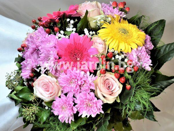 Букет рози и хризантеми №7