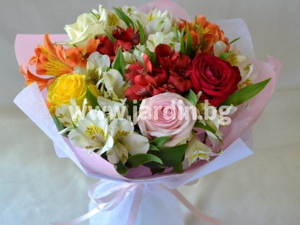 Bouquet of Roses and Alstroemeria №1