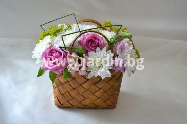 Кошничка с цветя №2