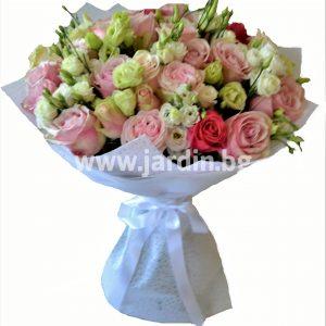 Фешенебельный букет Роз и Эустомы №5