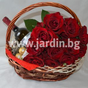 Basket Bouquet of Roses, Wine and Candy