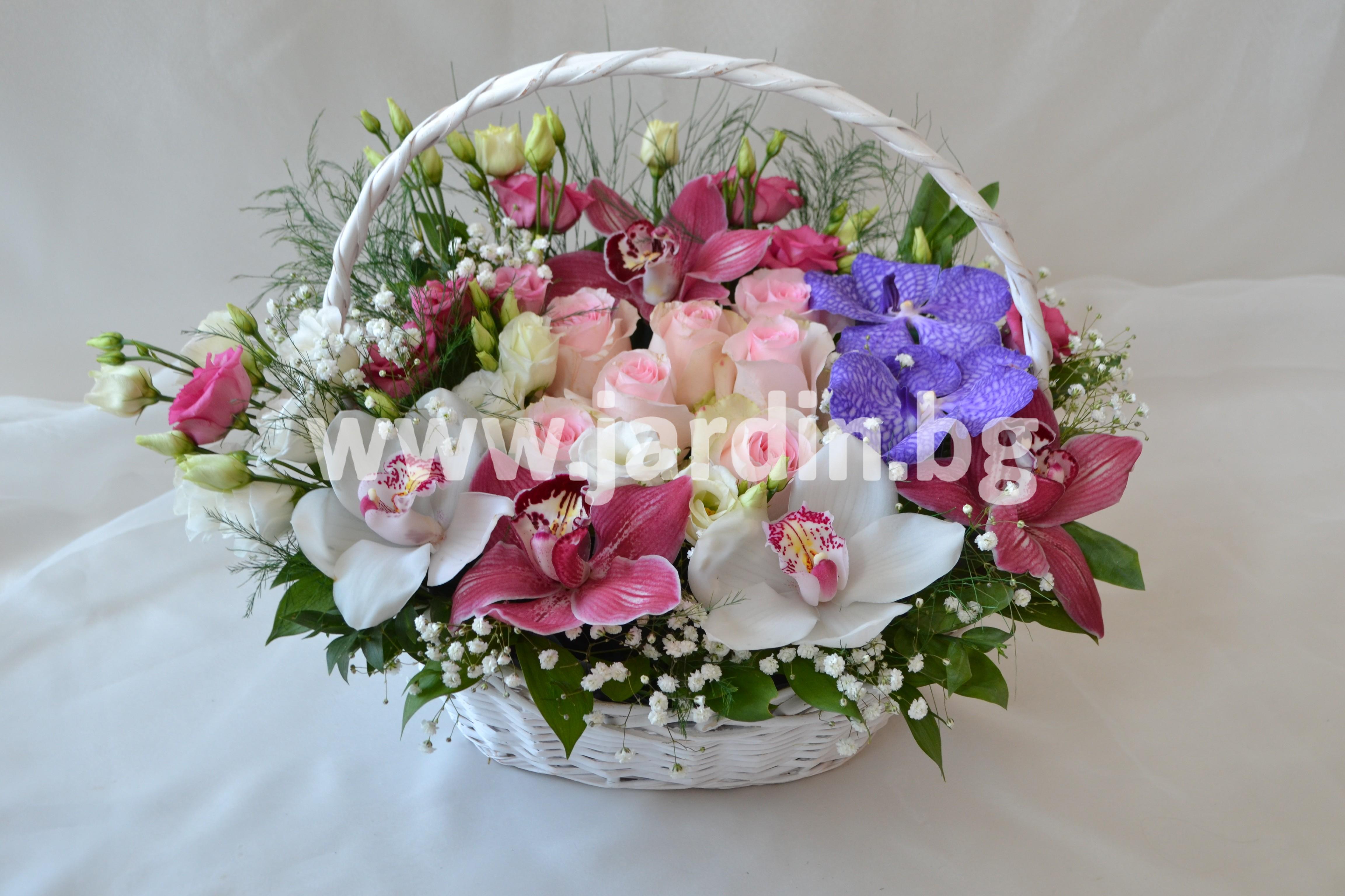 кошница-рози-орхидеи-еустома (1)