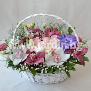 Луксозна Кошница Рози, Цимбидиум и Ванда