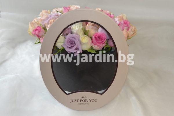 Рози В Кутия №25