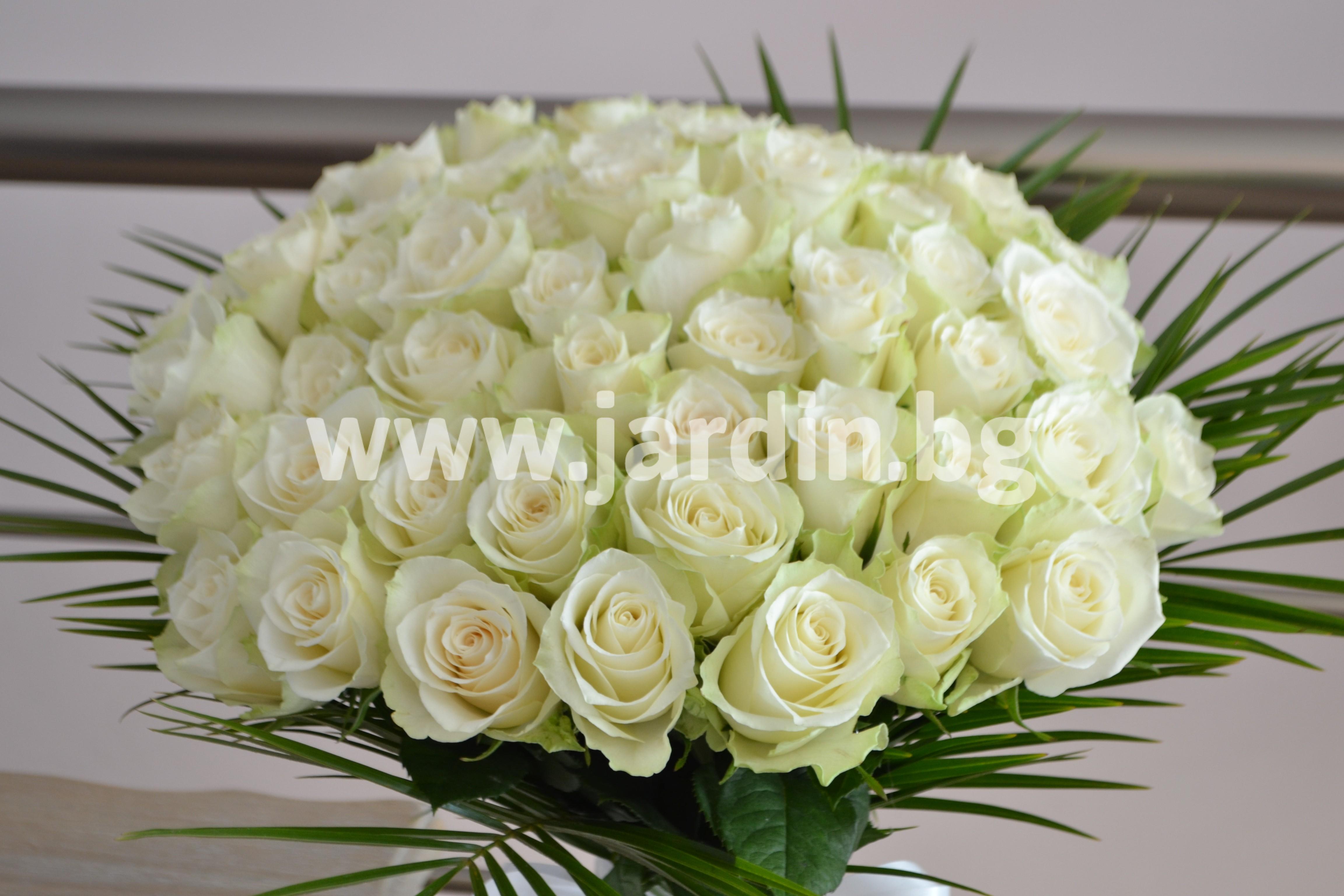 букет-бели-рози (2)
