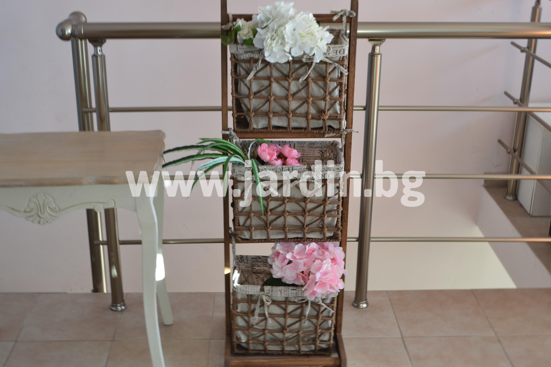 етажерка-с-кошници (1)