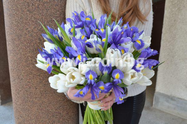 Пролетни букети Ириси и Лалета