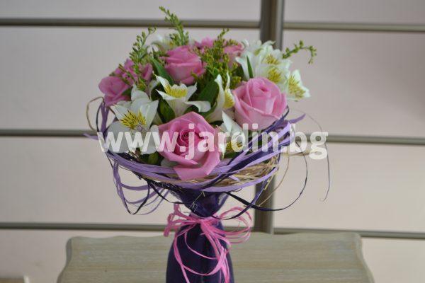 Букет Красиви Рози