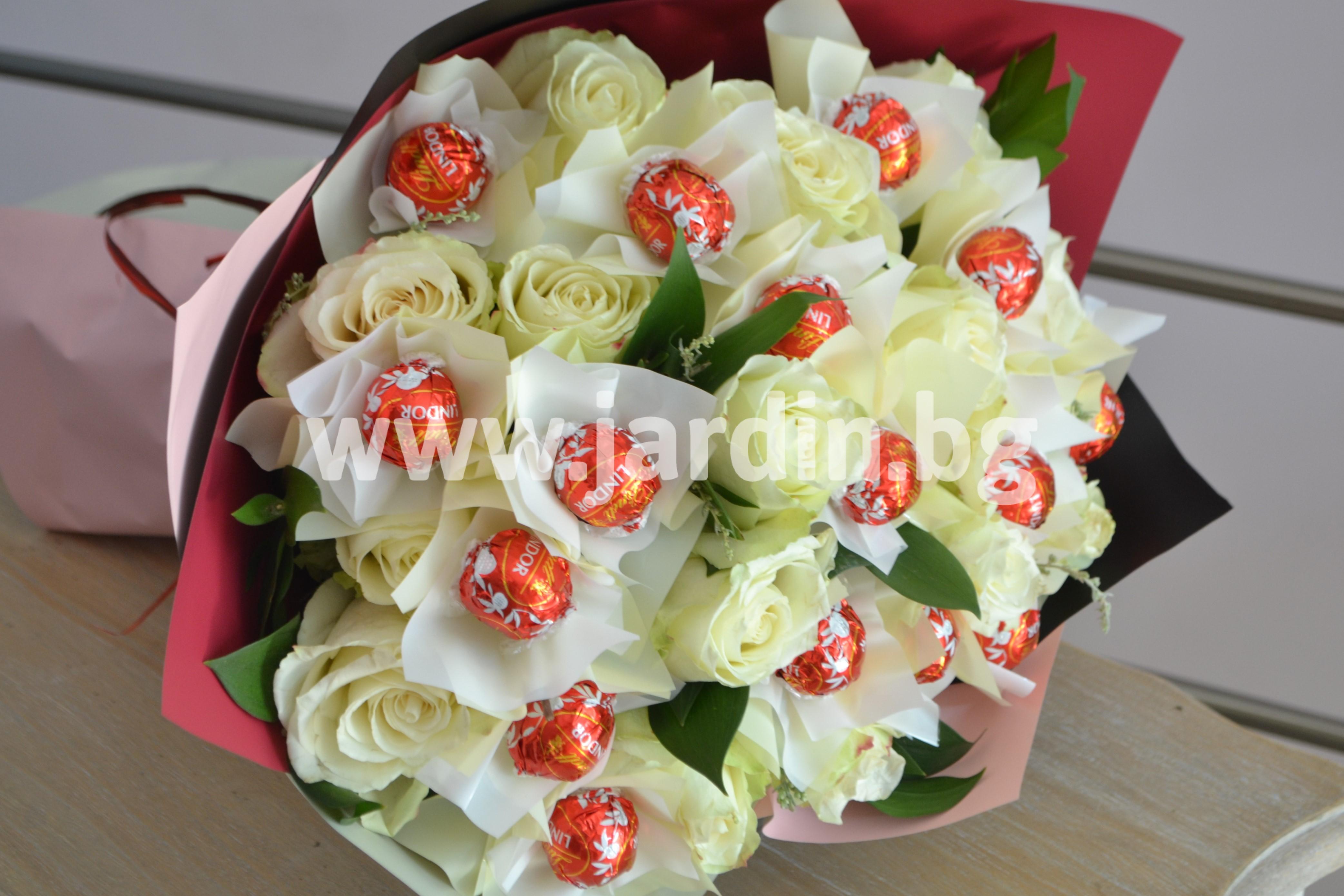букет-рози-и-бонбони(1)