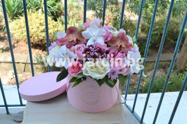 Цветя в Кутия №7