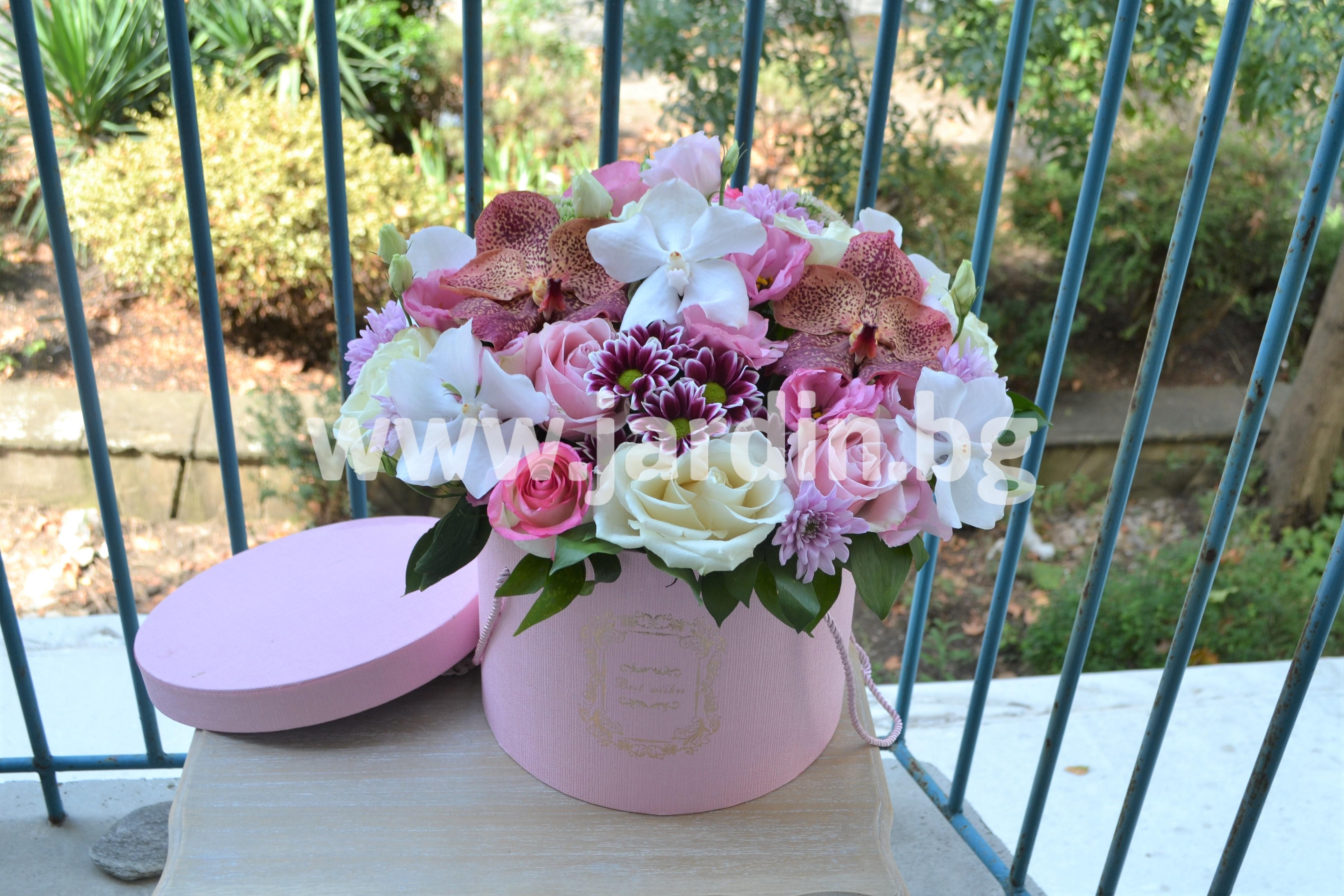 цветя-в-кутия-орхидеи (1)